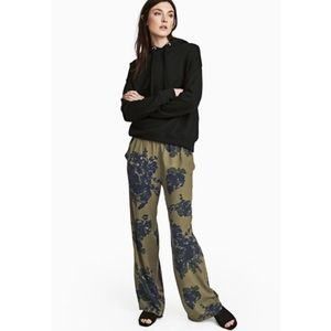 H&M floral trousers